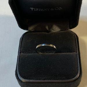 PT950  Classic Wedding Plain Flat 2mm Band Ring6.5